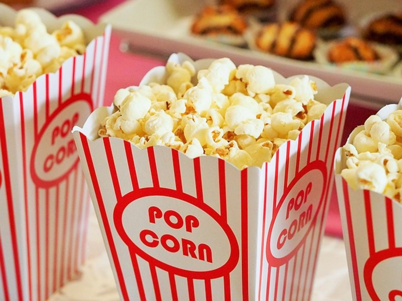 Popcorn Love: Internet Dating